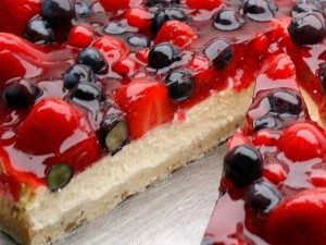 Mixed Berry Cheese Torte