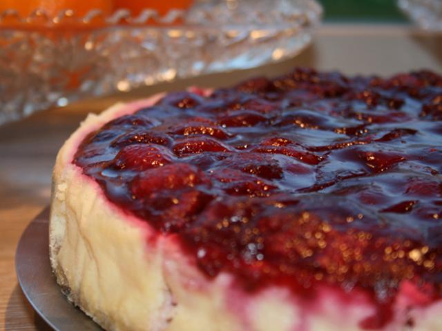 Dale's Rasperry Cheese Cake