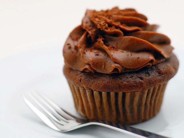 Chocolate Walnut Cupcake